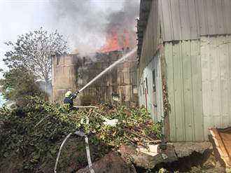 北市士林鐵皮工廠火警 消防副中隊長遭砸傷