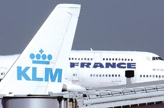 歐洲航空凍結投資與人事