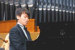 旅美鋼琴家簡孟軍將同台小提琴家曾宇謙