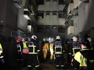 命大!中市裸女疑酒後從12樓墜到4樓遮雨棚 輕傷送醫
