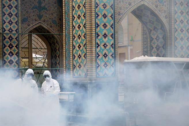 伊朗是新冠肺炎重災國,宗教聖城因為人流眾多,疫情特別嚴重。(圖/美聯社)
