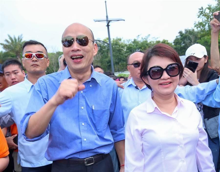 高雄市長韓國瑜(左)、台中市長盧秀燕(右)。(圖/資料照,盧金足攝)