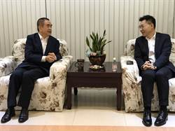 江啟臣抵基拜會議長 與國民黨青年品咖啡
