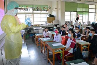 肺炎疫情升溫 醫師親至學校宣導衛教