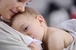 餵母乳也能防癌!媽媽得2癌症機會變低