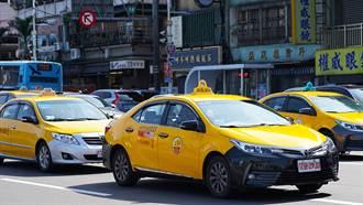 开计程车年赚200万?司机曝关键路线
