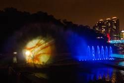 必看!碧潭水舞秀3月換新秀 螢火蟲流星雨、天鵝戲水驚艷新北