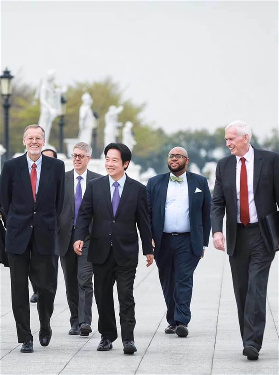 副總統當選人賴清德今與AIT主席莫健與處長酈英傑在台南「相見歡」。摘自賴清德臉書