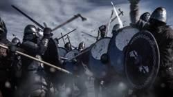 古代打仗後為何士兵不能脫盔甲?