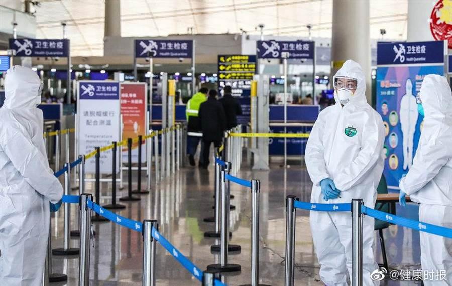 姐弟逃離義大利!登機前「狂吃退燒藥」順利通關 下飛機確診被罵翻