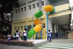 新竹8小學遊具汰換改善 內湖國小2樓溜滑梯大受歡迎