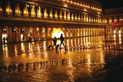 威尼斯禍不單行