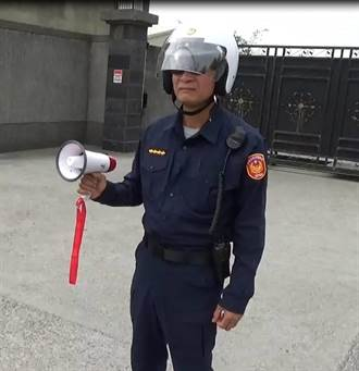 台南仁德中正路車禍多 歸仁警巡視兼喊話