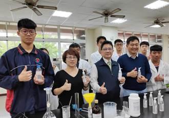 北農學生學以致用 研製可保濕的乾洗手凝露抗疫