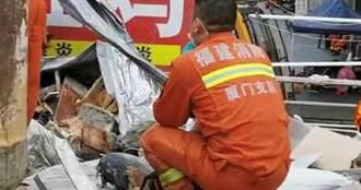 酒店倒塌活埋71人!2歲弟「緊抱姐姐腰」不鬆手 救難隊見雙屍痛哭