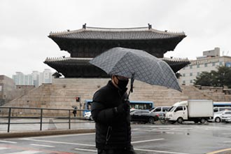 首爾最大群聚感染 64人中鏢