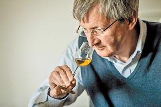 40年調酒光陰 調和珍稀佳釀