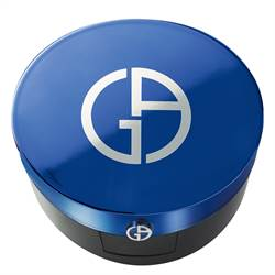 GiorgioArmani藍色氣墊引領風騷 打造水霧光妝容