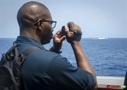 美軍艦航行南海 陸054A護衛艦監控畫面曝光