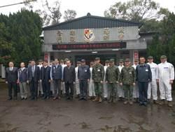 33化學兵群執行武漢台商返臺班機消毒 長達16小時