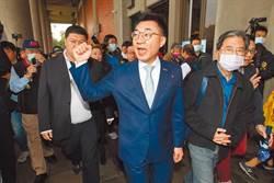 江啟臣主席兼立委身份 提案下修公民權