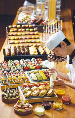 美福歡慶4周年 旅展線上線下限時開賣