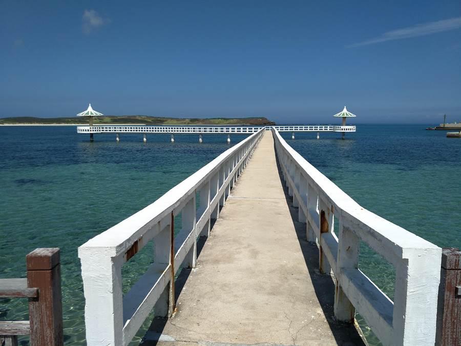 澎湖雙曲橋,網紅打卡點。圖:五福提供