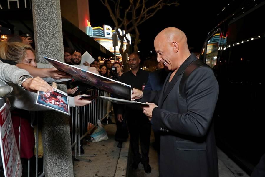 馮迪索出席《血衛》首映紅毯。(双喜電影提供)