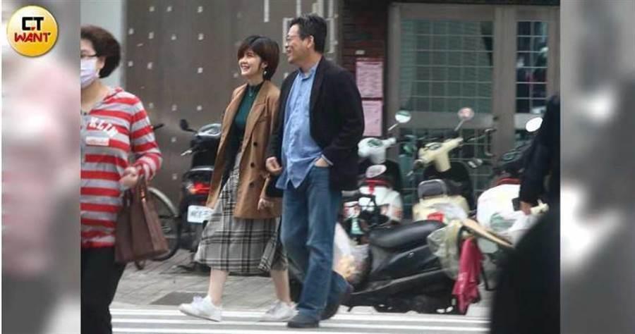 1日中午,張益贍與蔡宜芳見面喝咖啡。(圖/周刊王攝影組)