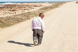 世界最小男人被醫師判活不了 現況跌破眼鏡
