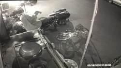 撞機車逃逸 警:撞鐵馬也得處理