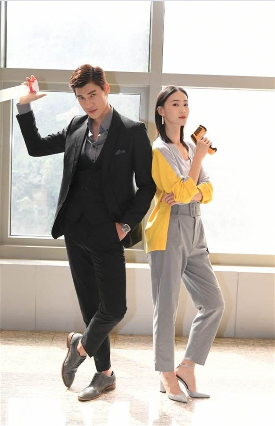 鍾瑶和羅宏正主演《跟鯊魚接吻》默契漸入佳境。(三立)