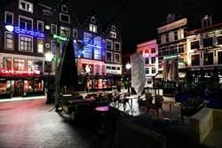 囤口罩、衛生紙不稀奇!紅燈區「最奇特囤貨」 阿姆斯特丹排隊搶大麻