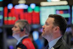 不甩Fed降息4碼救市 美股開盤瞬間熔斷