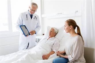 腦中風4口訣「FAST」救命 保險該如何理賠?