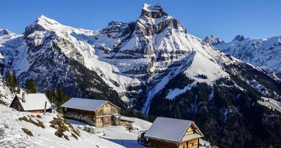 瑞士日前宣布,將加強限制入境政策。(圖/路透)