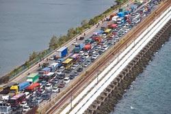 馬來西亞鎖國 影響數10萬人 星忙應變