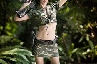 越南正妹軍官拍寫真 脫下軍服粉絲淪陷
