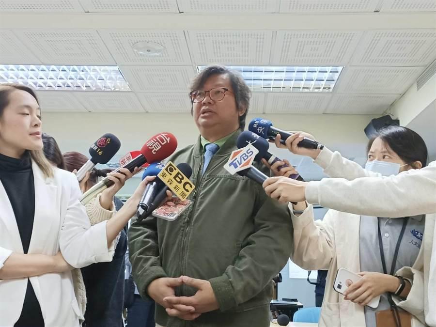 陽明大學生醫資訊所教授張博論(簡立欣攝)