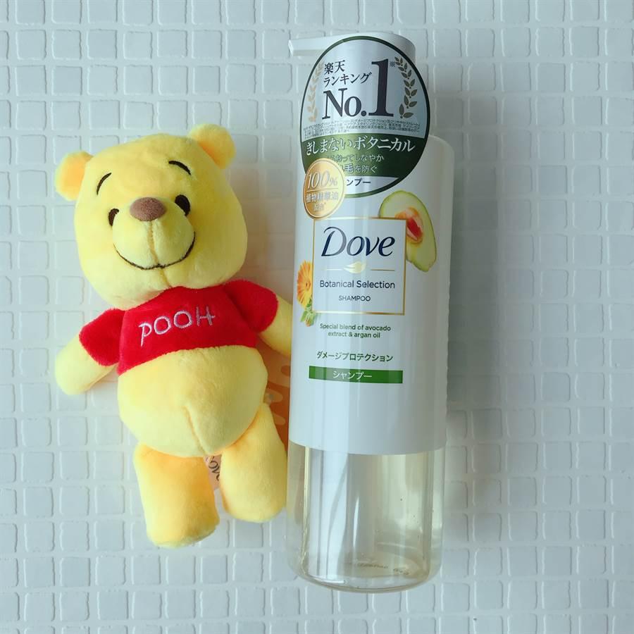 防斷髮柔韌洗髮露酪梨精萃NT329,適合脆弱易斷秀髮。(圖/邱映慈攝影)