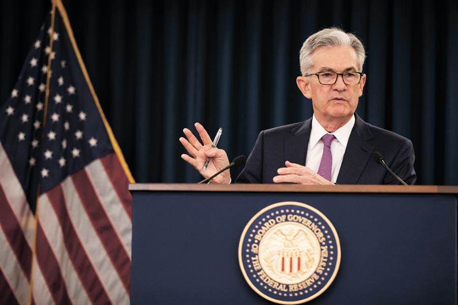 美聯準會主席鮑爾,,援引其緊急權力為主要貨幣市場共同基金提供支持。圖/美聯社