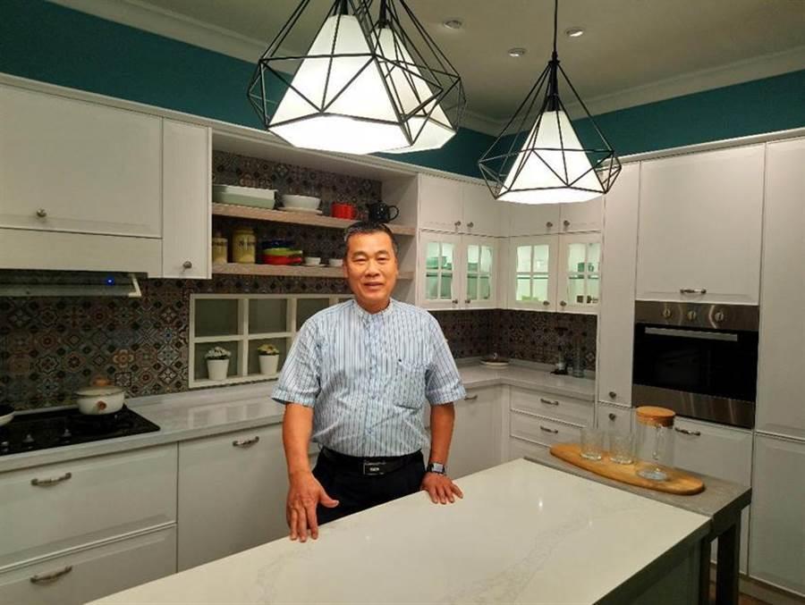 (台灣櫻花總經理林有土表示,2019年整體廚房零售部分成長超過10%,帶動整體廚房業績成長。圖/曾麗芳)