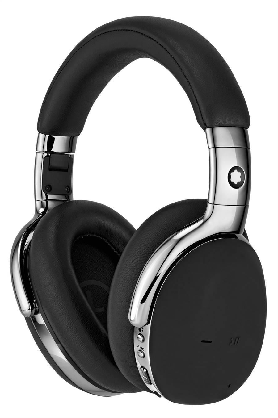 萬寶龍MB01全罩式耳機,黑色款售價2萬400元。(Montblanc提供)