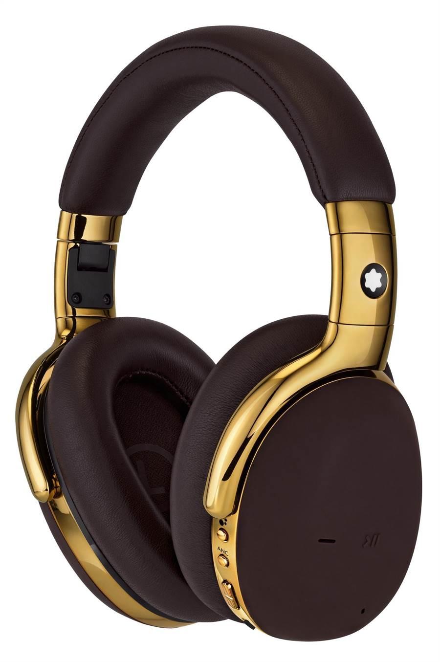 萬寶龍MB01全罩式耳機,黑金款售價2萬400元。(Montblanc提供)