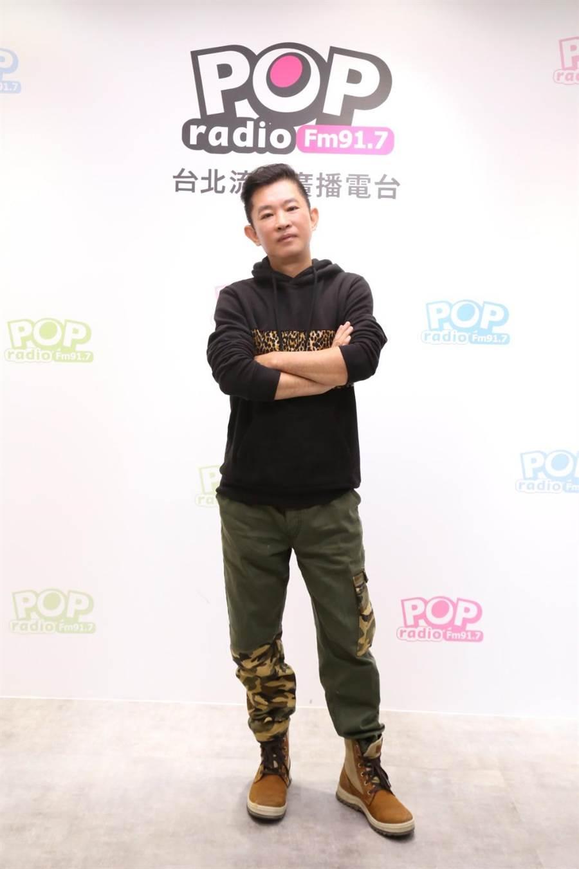 周杰倫御用化妝師杜國璋,上電台分享與藝人合作趣事。(POP Radio提供)