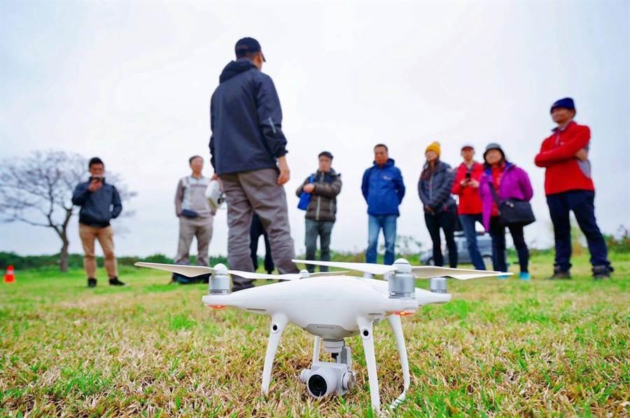 新竹市議會國民黨團19日提案建議市府在無人機空域管理採負面表列。(新竹市議會提供/邱立雅竹市傳真)
