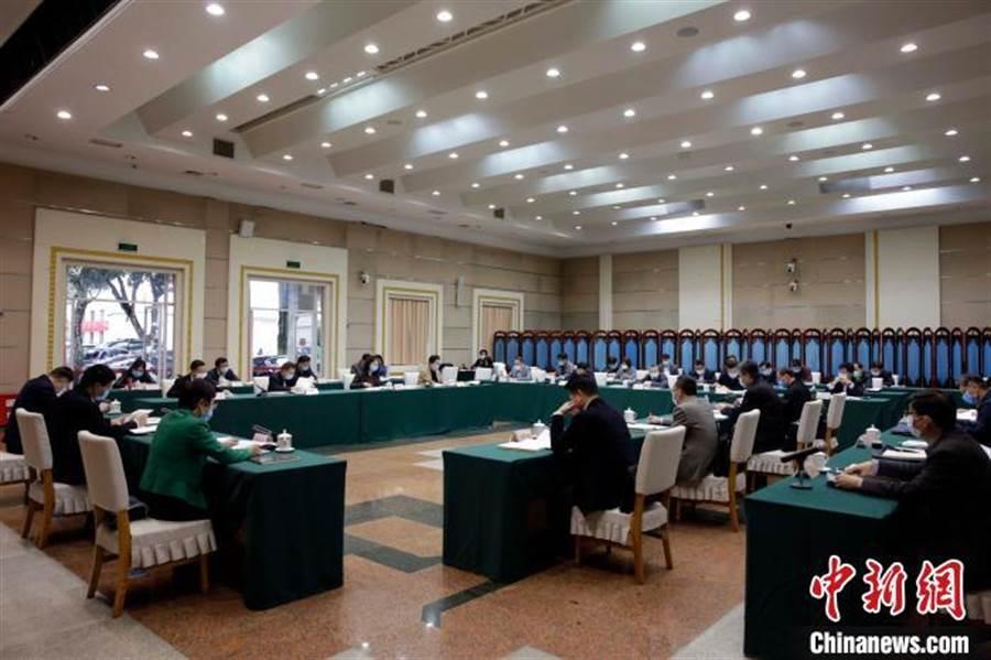 廣西召開推進海峽兩岸產業合作區建設聯席會議第三次會議。(取自中新網)