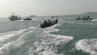 大陸漁船衝撞海巡艦艇 綠委憂共軍對離島動武
