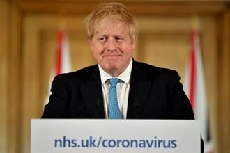 英首相呼籲勿搶貨 卻遭拍到運送大批物資進府