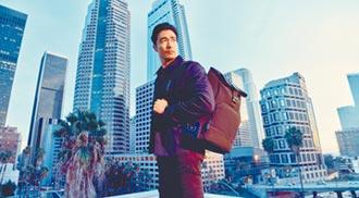 輕裝當背包客 丹尼爾海尼